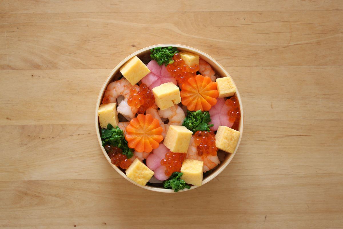 ひなまつりに作りたいちらし寿司のお弁当